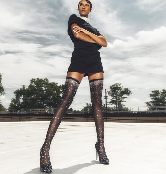Alege sa stralucesti in pantofi de ocazie glamour de sarbatori!