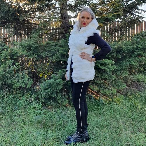 Vesta blana ecologica cu gluga Roz