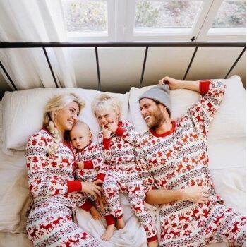 Set Pijamale Happy Family de Sarbatori Acasa