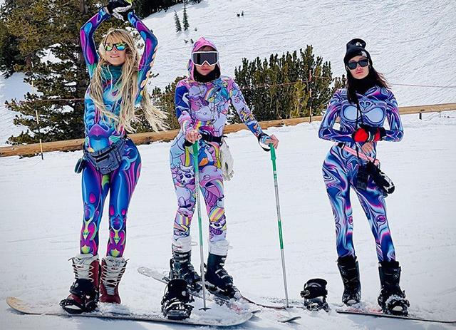 Salopete dama din fas impermeabil de intors capetele pe partia de ski